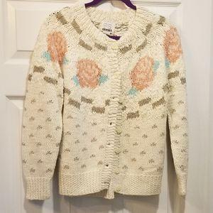 VINTAGE grandma sweater roses